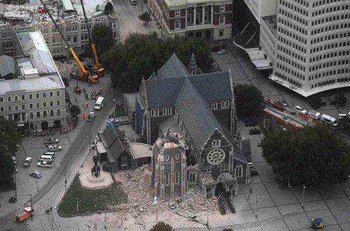 800px-christchurch_cathedral_-_2011_earthquake_damage