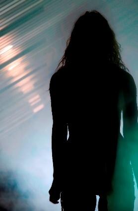 Silhouette_woman_2